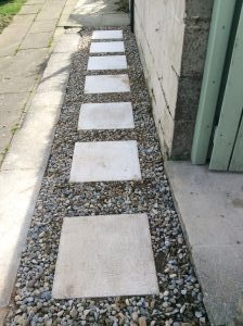 How To Lay Stepping Stones On Gravel Guide On Laying Paving On